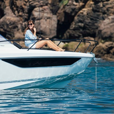 NEW Beneteau Flyer 8 Sundeck