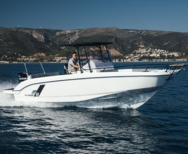 NEW Beneteau Flyer 8 Spacedeck